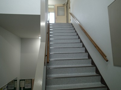 T様 階段室内装改修工事のアイキャッチ画像