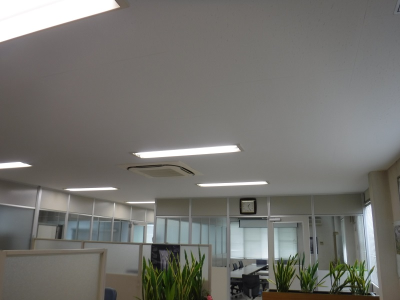 T様 倉庫棟2階天井改修工事のアイキャッチ画像