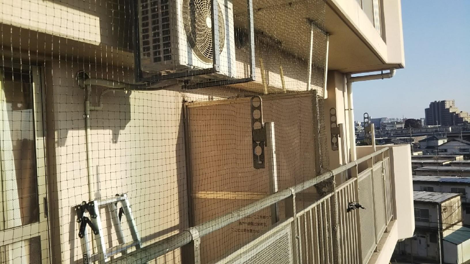 共同住宅ベランダ防鳥ネット取付のアイキャッチ画像
