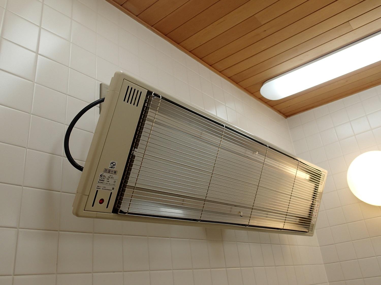 S様機械浴室パネルヒーター交換工事のアイキャッチ画像